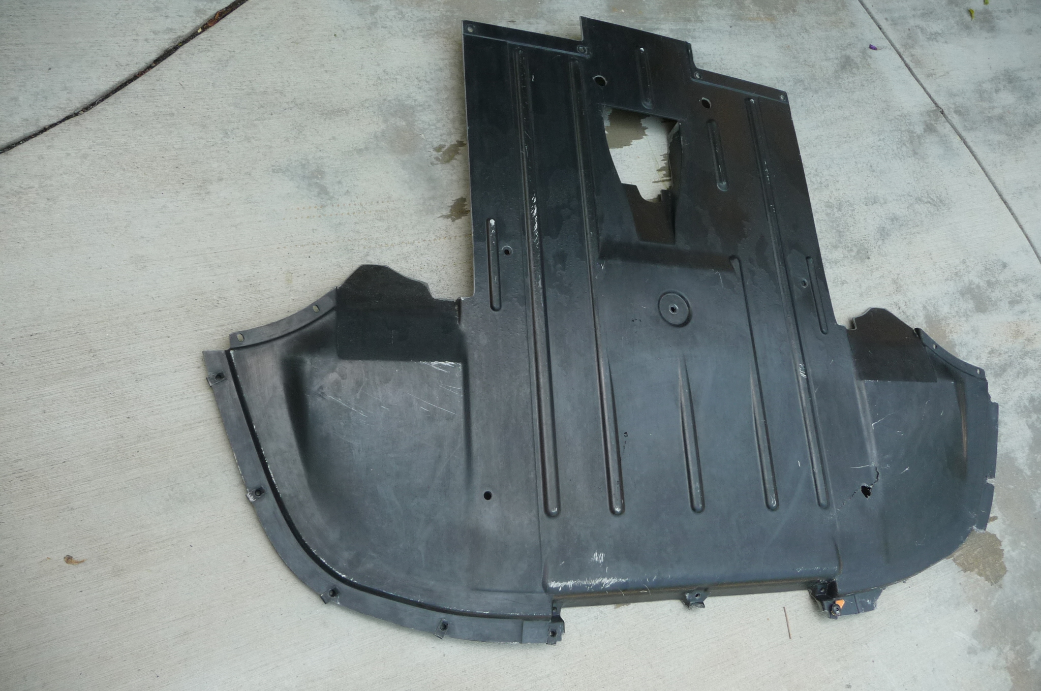 Lamborghini Gallardo Front Lower Under Tray Streamline Shroud Floor Panel 400825201E OEM OE