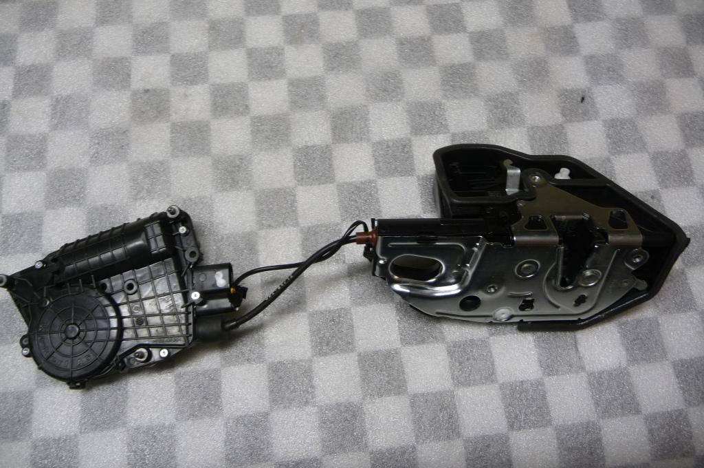 2009 2010 2011 2012 2013 2014 2015 BMW F01 F02 740i 750i 750Li Rear Right Passenger Door Complete Lock Locking System 51227185688 OEM OE