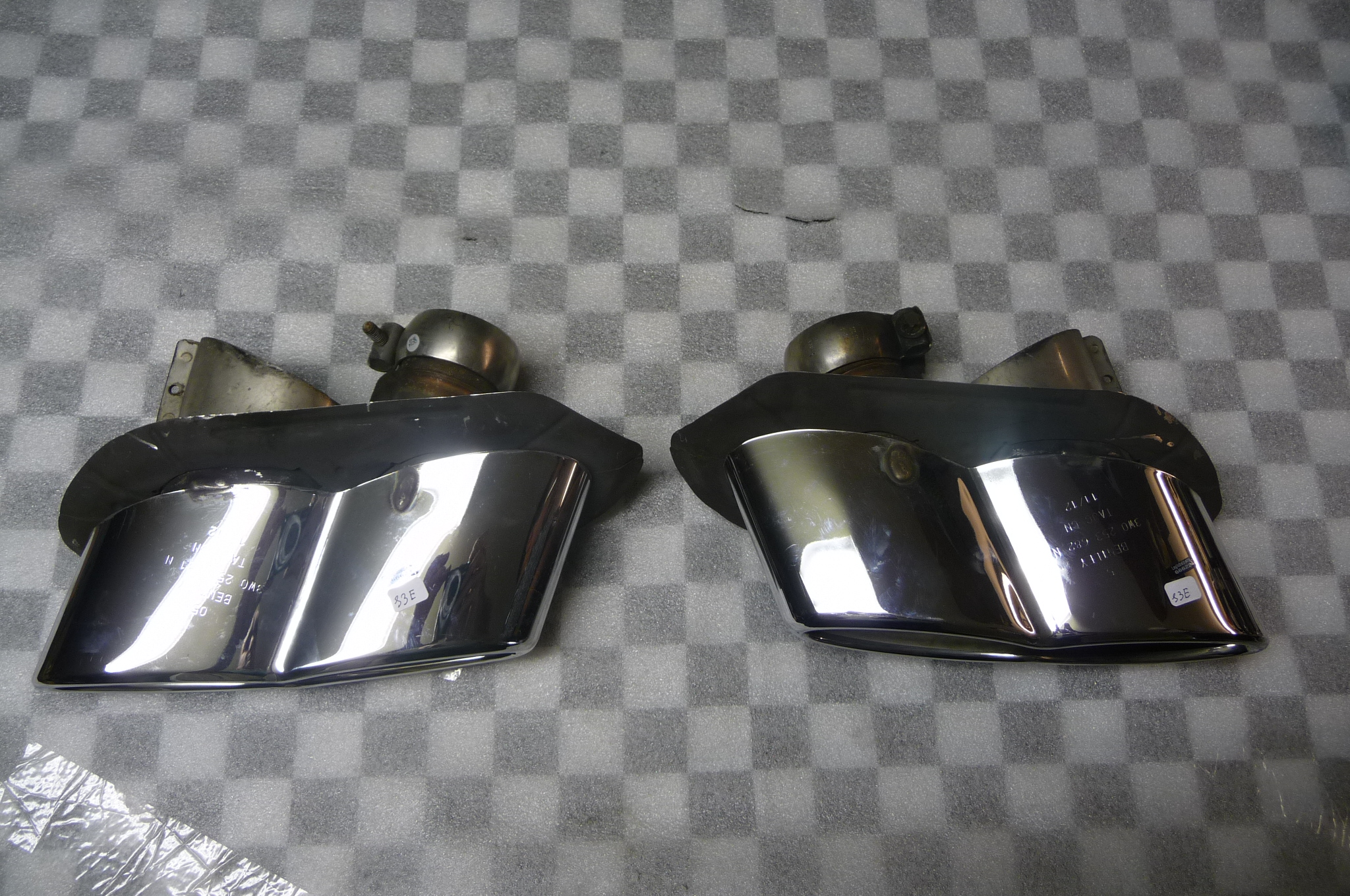 "Bentley Flying Spur Continental GT GTC Left Right Exhaust Tip ""TAJC CN"" - Used Auto Parts Store 