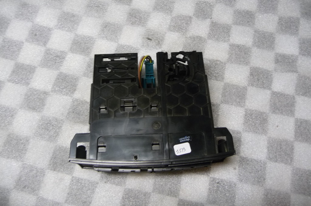Mercedes Benz GL ML Front Ashtray Reservoir A 1648100030 OEM OE