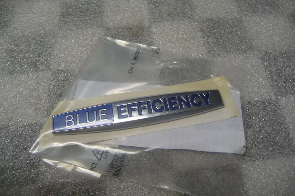 Mercedes Benz Blue Efficiency Lettering Guide Sign Emblem -NEW- A 2048177220 OEM