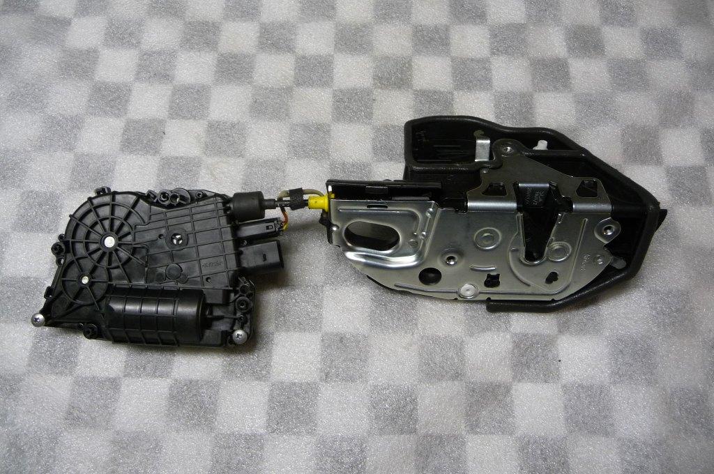 2007 2008 2009 2010 2011 2012 2013 2014 BMW E70 E71 X5 X6 Front Right Passenger Door Lock Actuator Motor Locking System Latch 51217315022; 51217167582 OEM OE