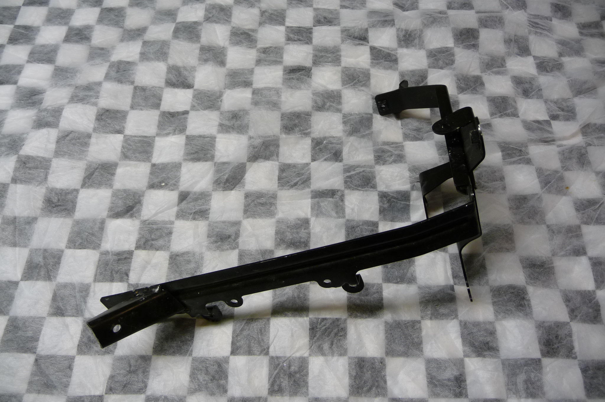 Bentley Continental Flying Spur GT GTC Bracket for Additional Coolant 3W0121704A