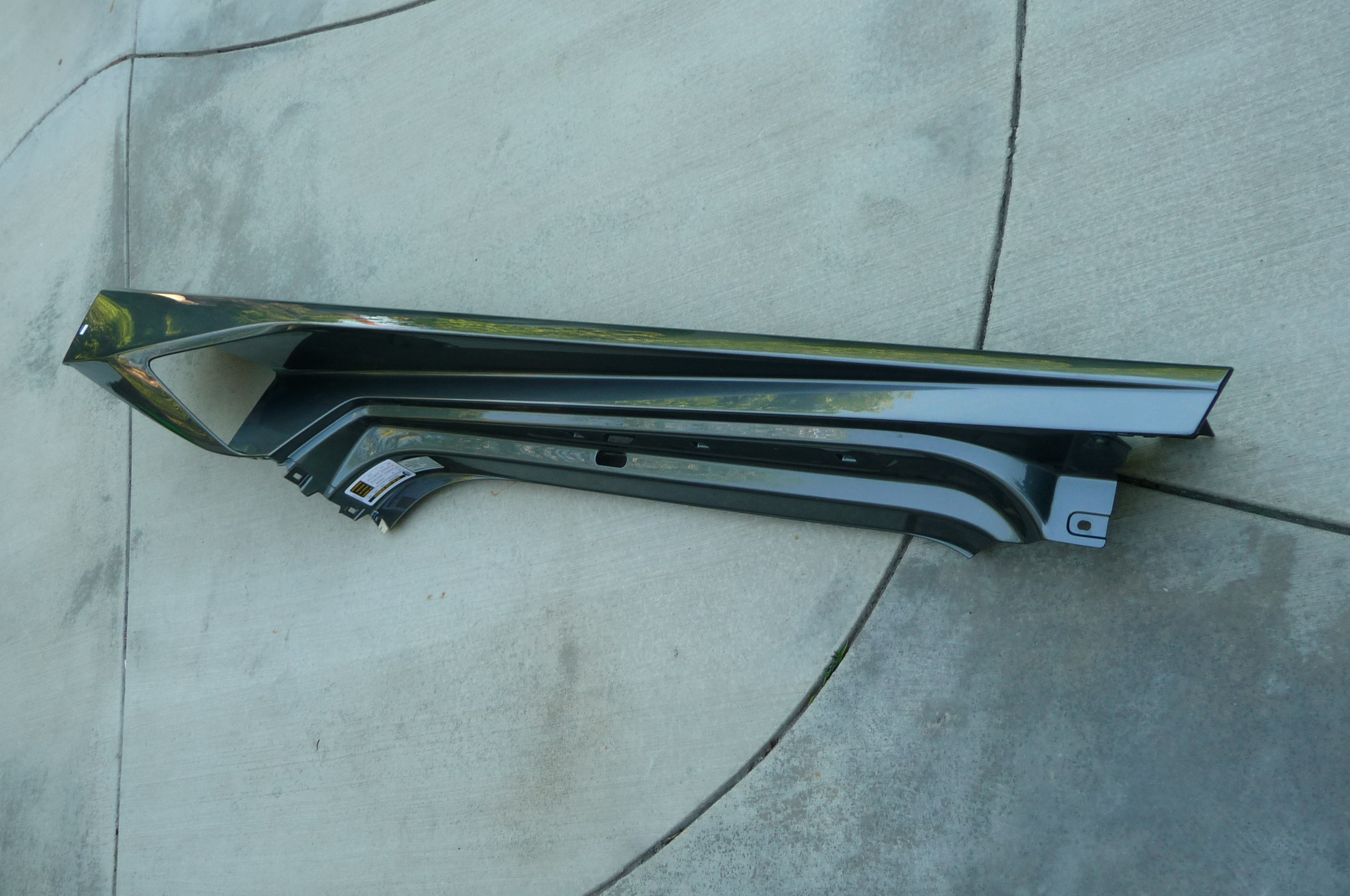 Lamborghini Huracan LP 610-4 Front Driver Rocker Cover Side Member 4T0898307, 4T0853113C OEM OE