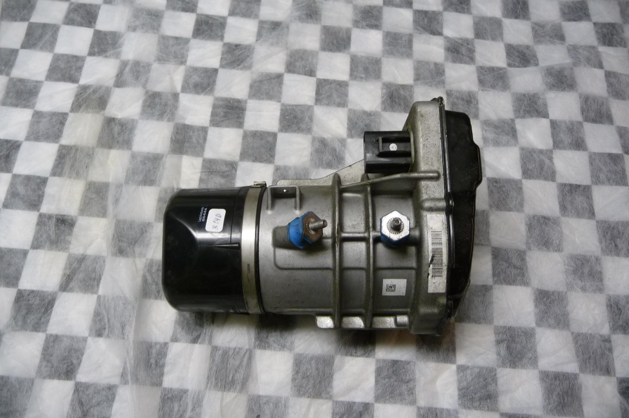 Mercedes Benz C216 W216 Power Steering P/S Pump A2164600380 OEM