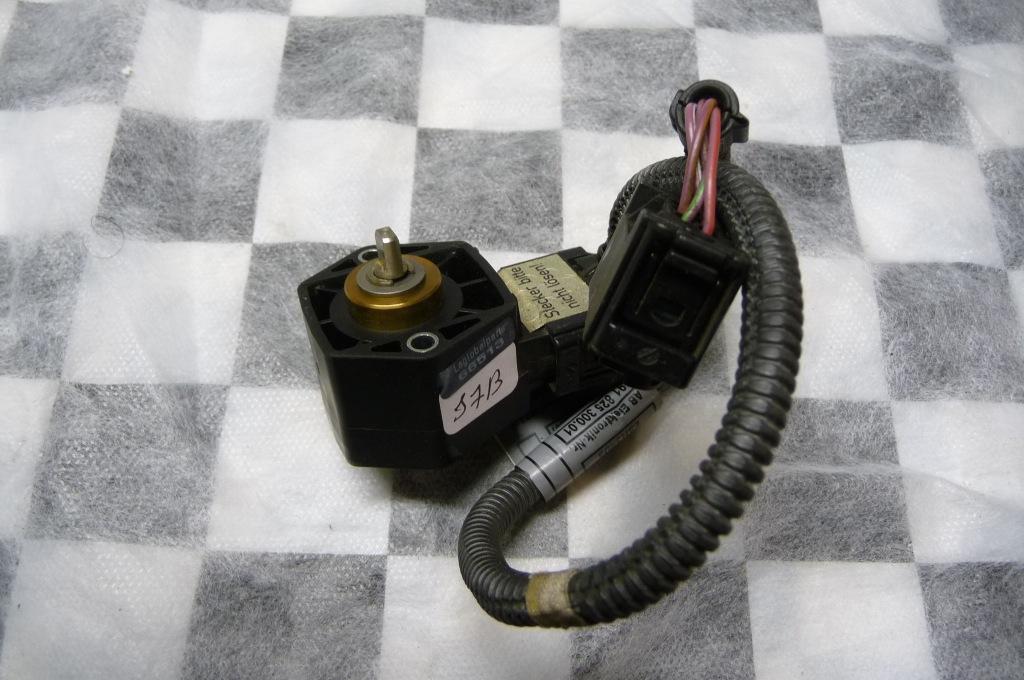 2008 2009 2010 2011 2012 2013 BMW E90 E92 E93 M3 Fuel Injection System Throttle Hall Sensor 13627841704 OEM OE