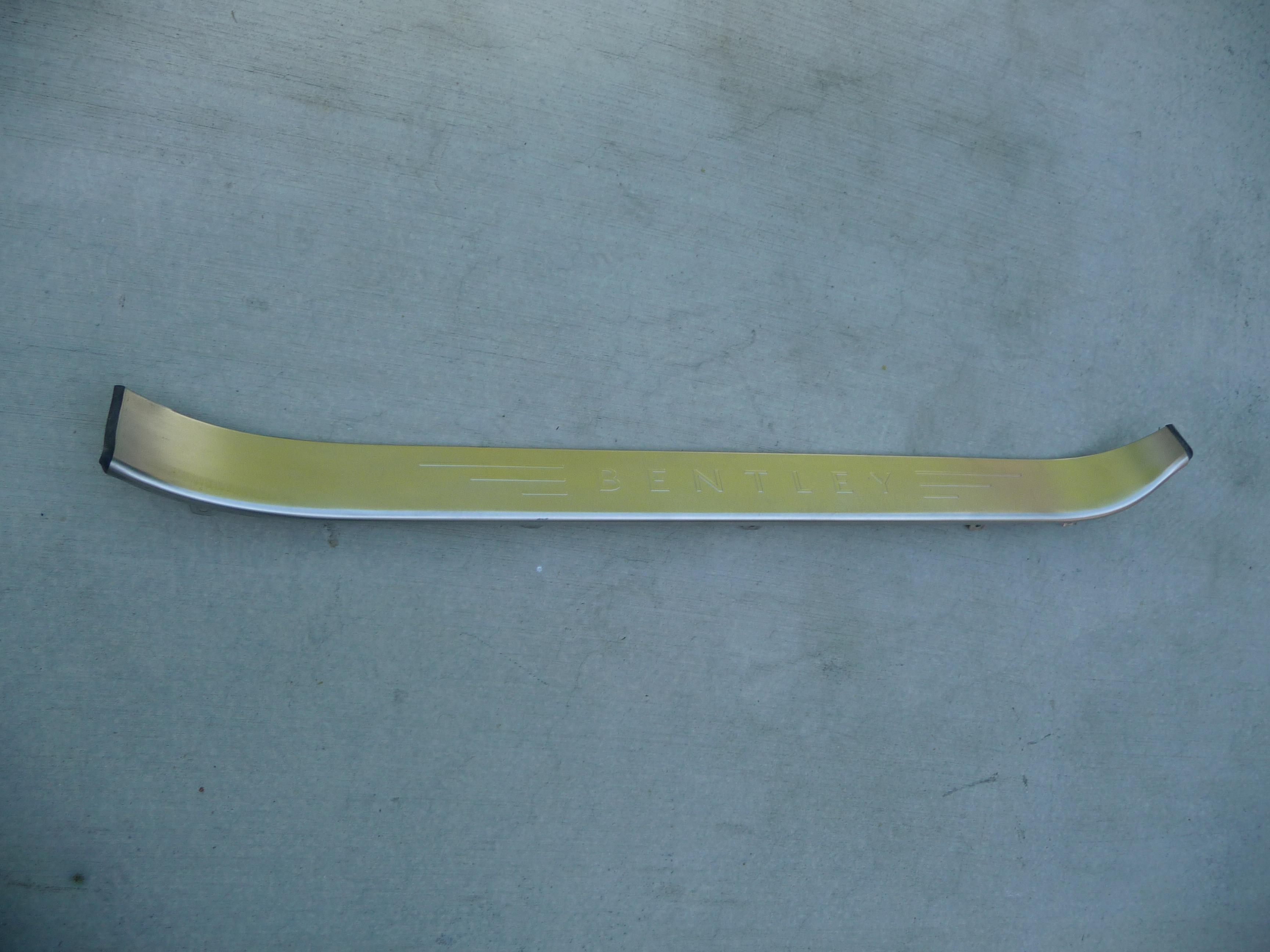 Bentley Continental GT Coupe right door step sill trim plate 3W8853538G OEM OE