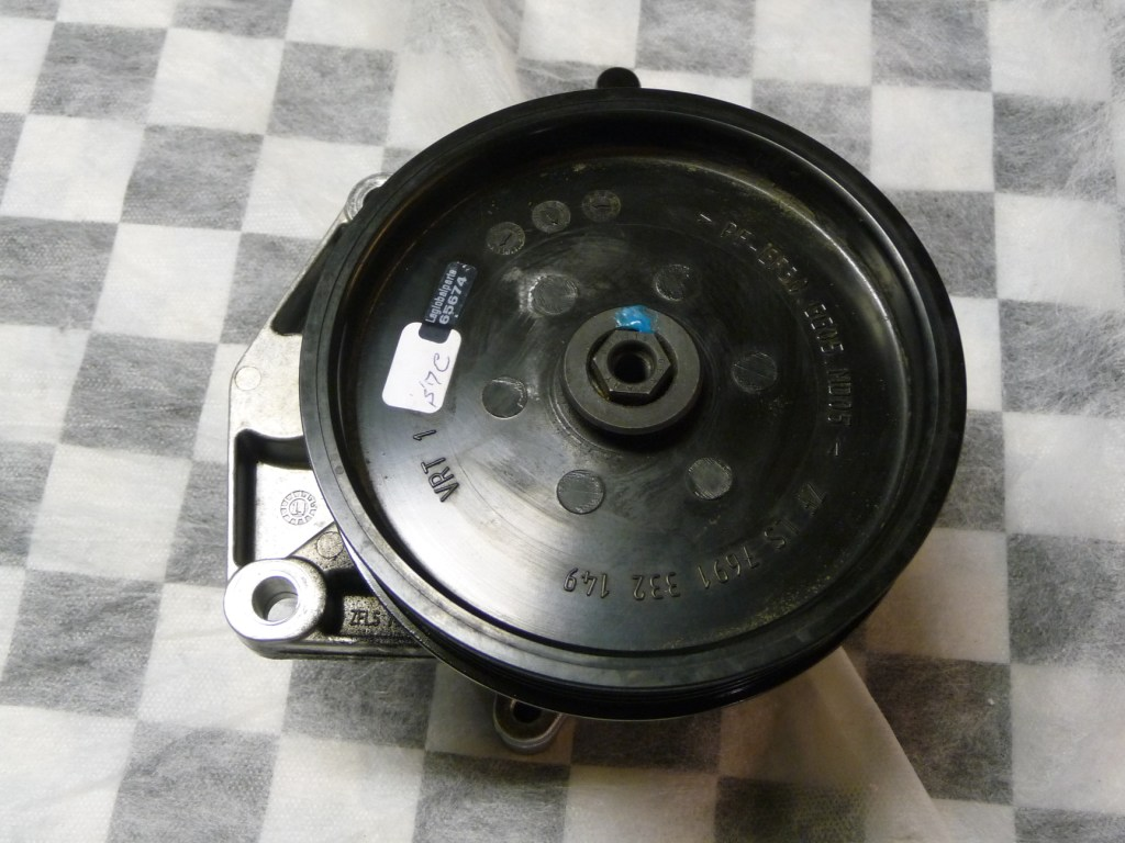 Mercedes Benz G Class Hydraulic Power Steering Pump A 0054669101 OEM OE