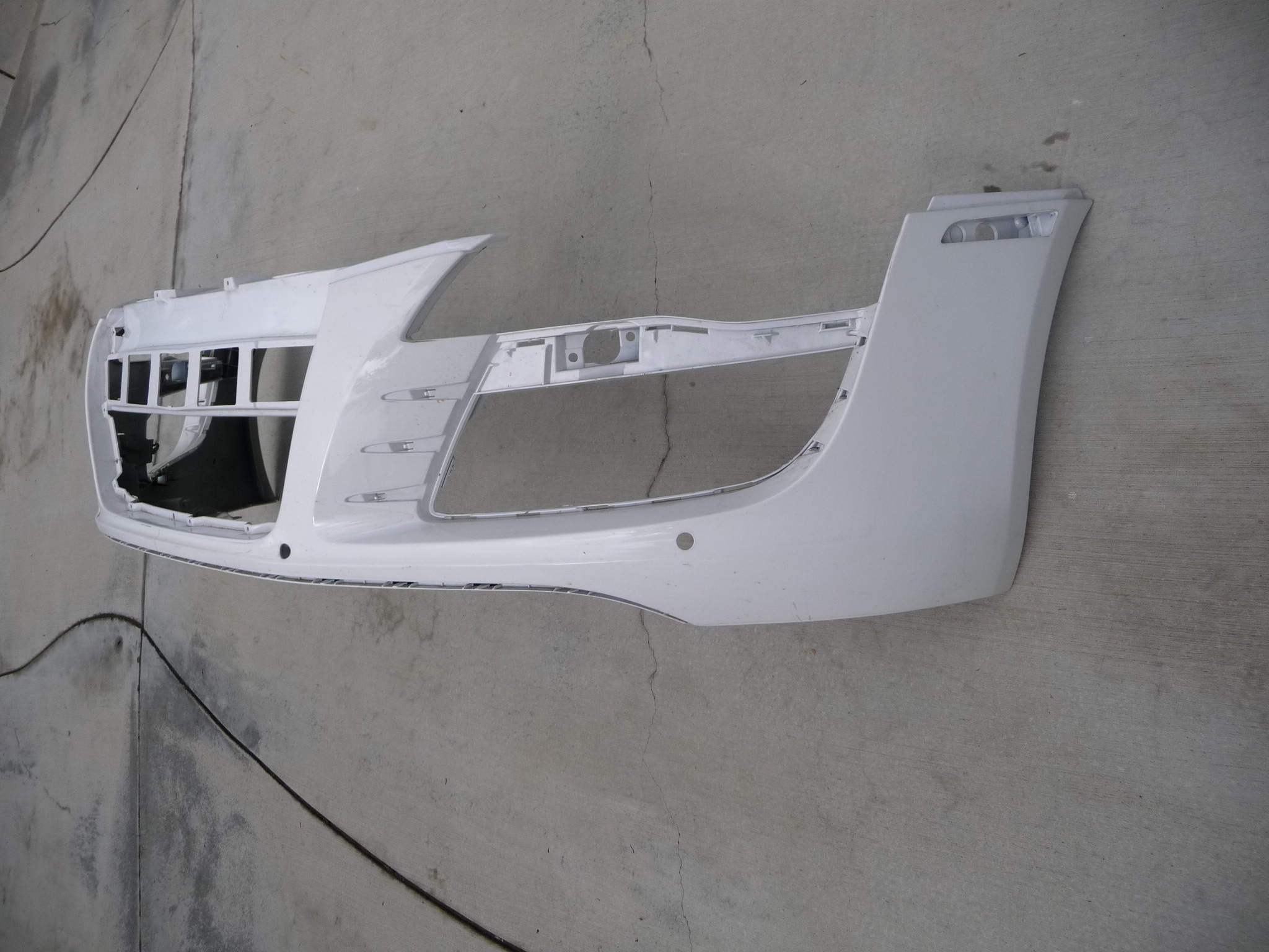 Audi R8 Front Bumper Cover 420807437 OEM OE