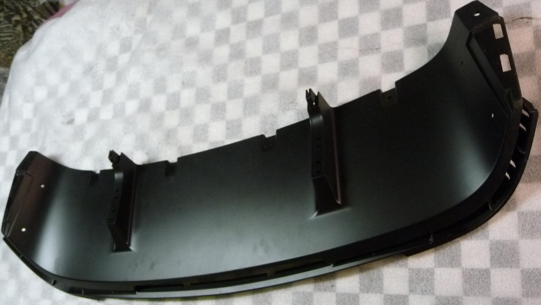 2013 2014 2015 2016 Bentley Sedan Flying Spur rear Bumper Diffuser Lower Spoiler 4W0807110