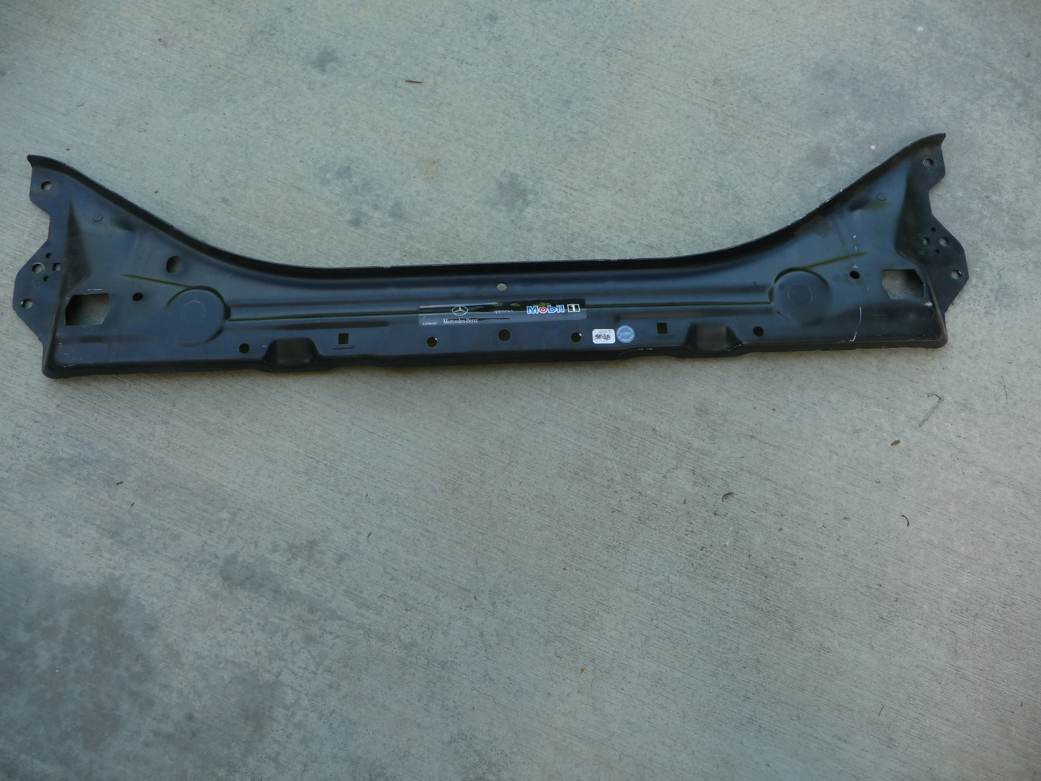 Mercedes benz e front stiffening and radiator support for Mercedes benz support