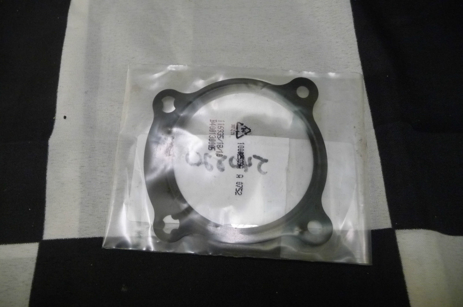 Mercedes Benz Sprinter Fuel Injection Throttle Body Mounting Gasket 6420980880