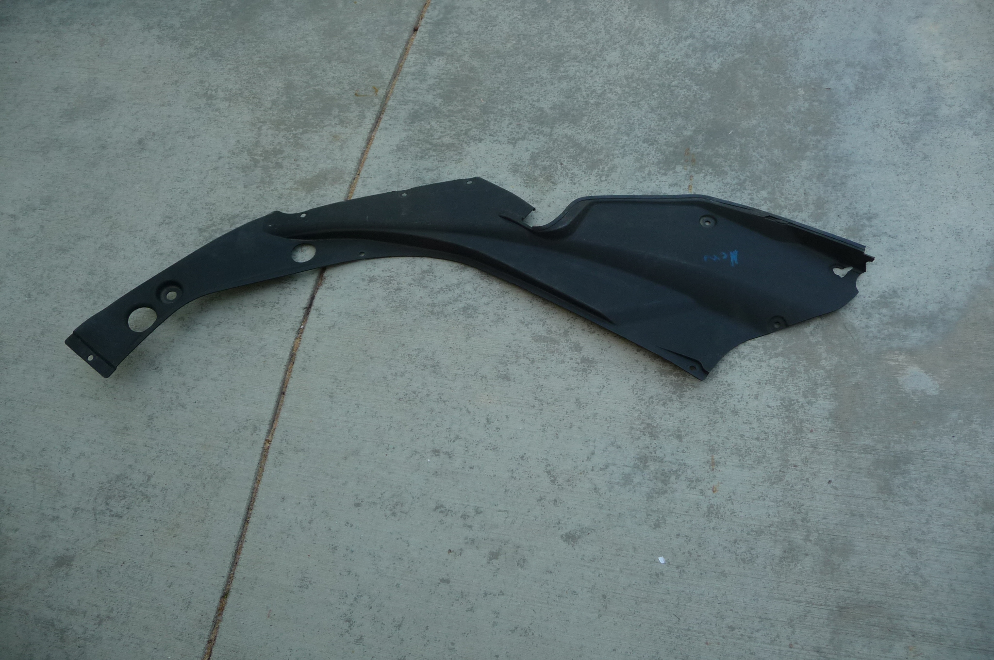 Ferrari 458 Italia Spider Right Passenger Front Cosmetic Trim 82277300  - Used Auto Parts Store | LA Global Parts
