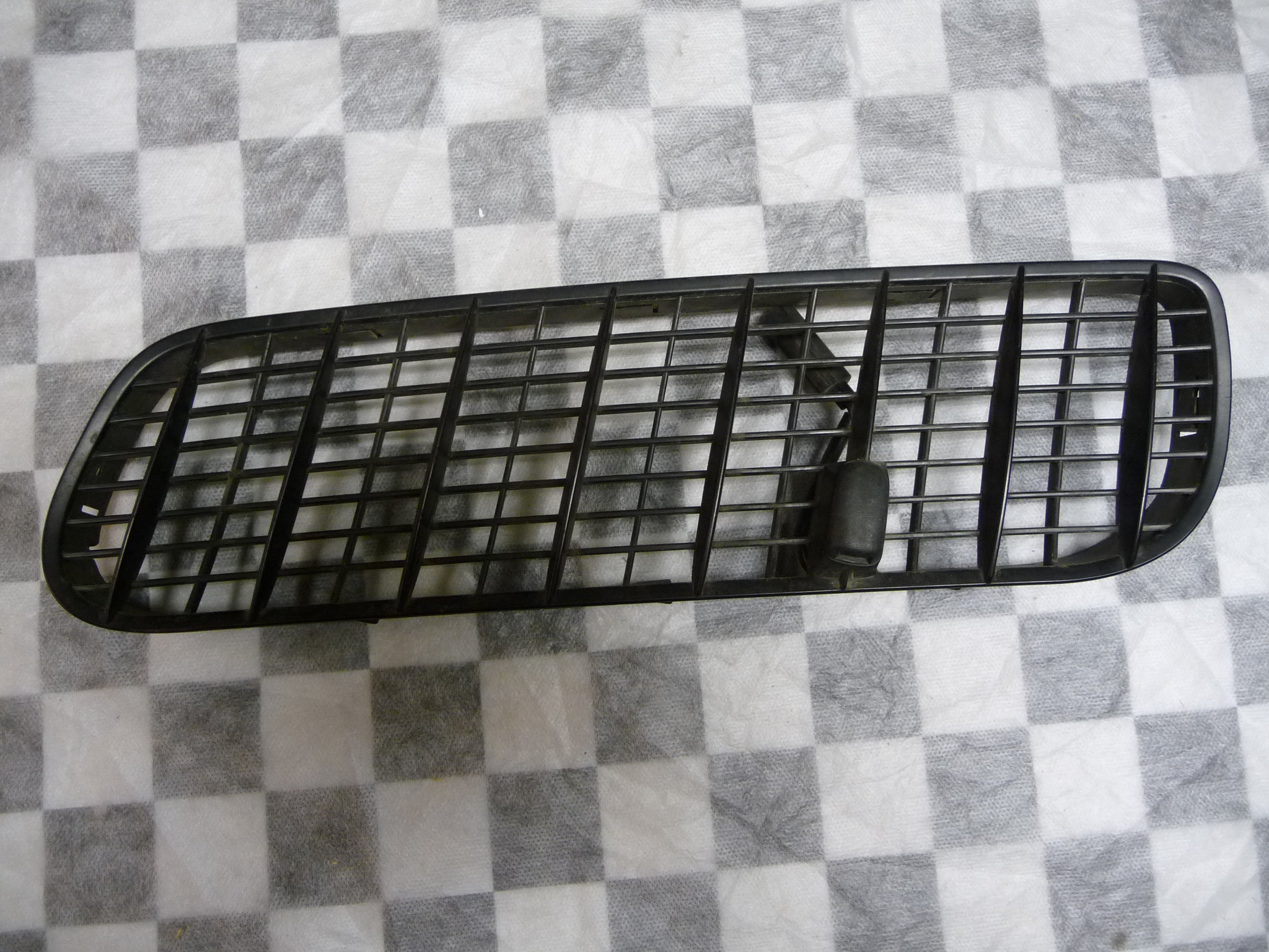BMW X5 E53 Hood Air Inlet Grille Left 51138402669 OEM OE
