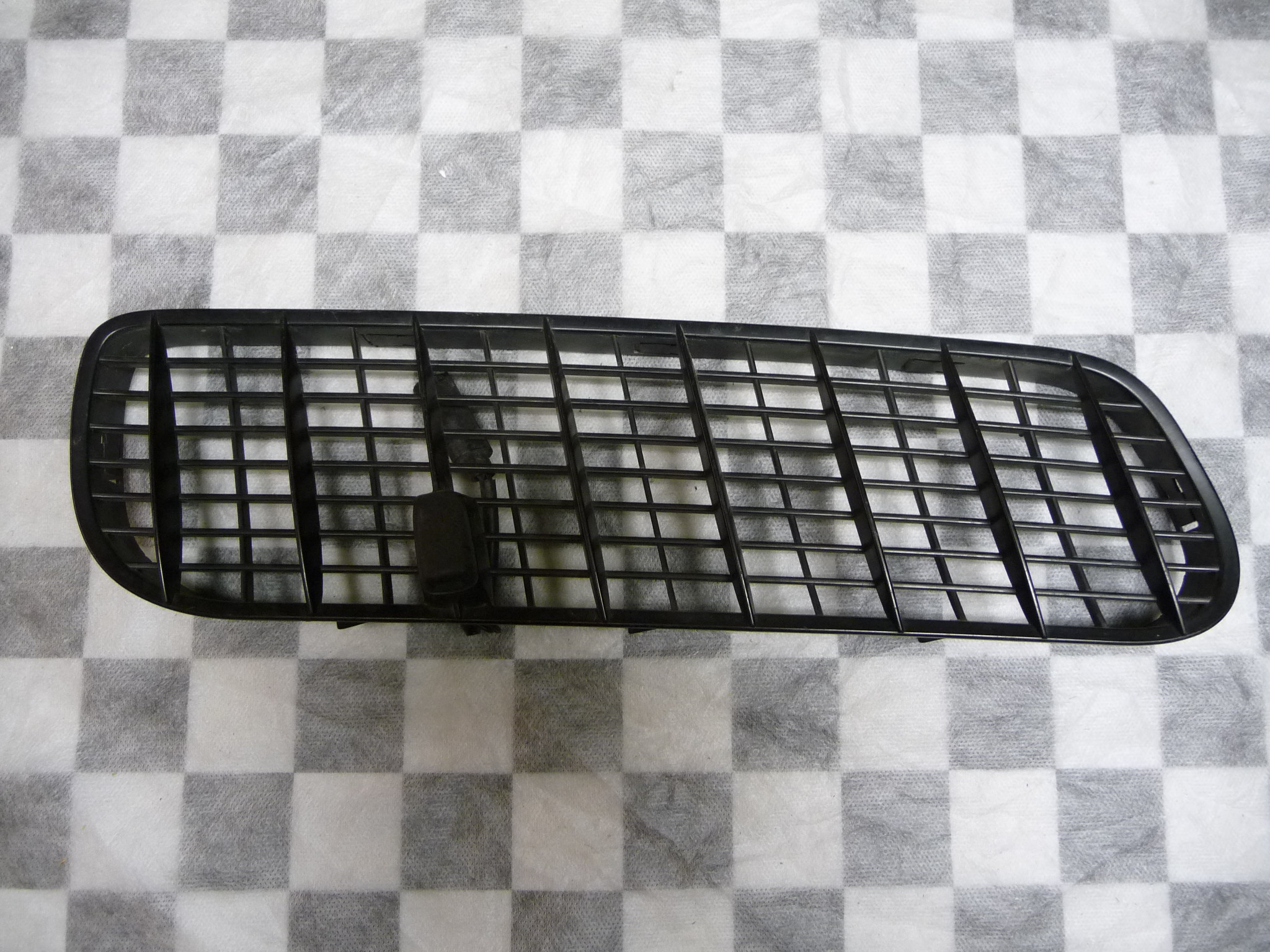 BMW X5 E53 Hood Air Inlet Grille Right 51138402670 OEM OE