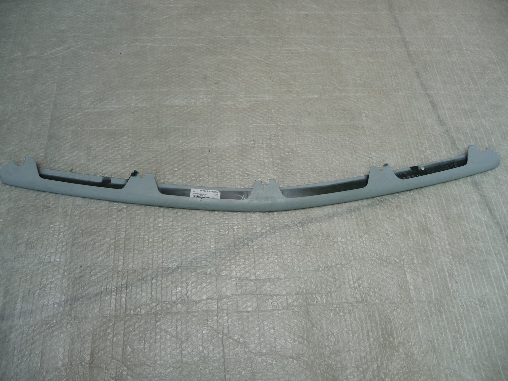 Mercedes Benz C208 CLK-Class Front Bumper Center Cover A2088850022 OEM OE