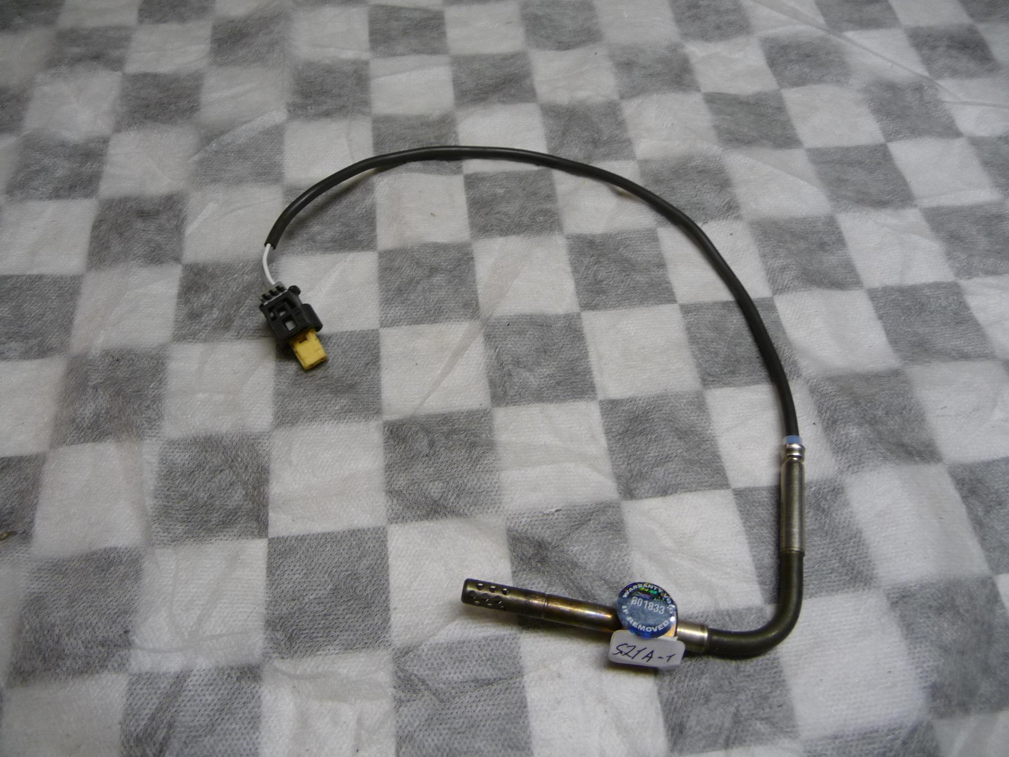 Mercedes Benz ML R Class Exhaust Temperature Sensor A0071537528 OEM OE
