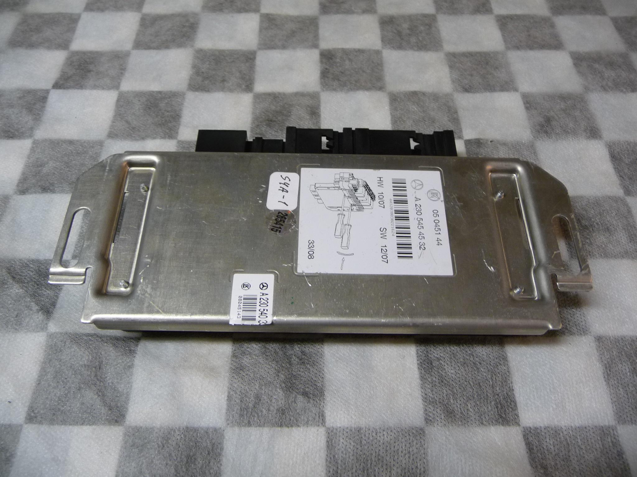 Mercedes Benz R230 Sl Class Stability Control Module A2305454532 Oem S500 2005 W220 Radio Wiring Oe