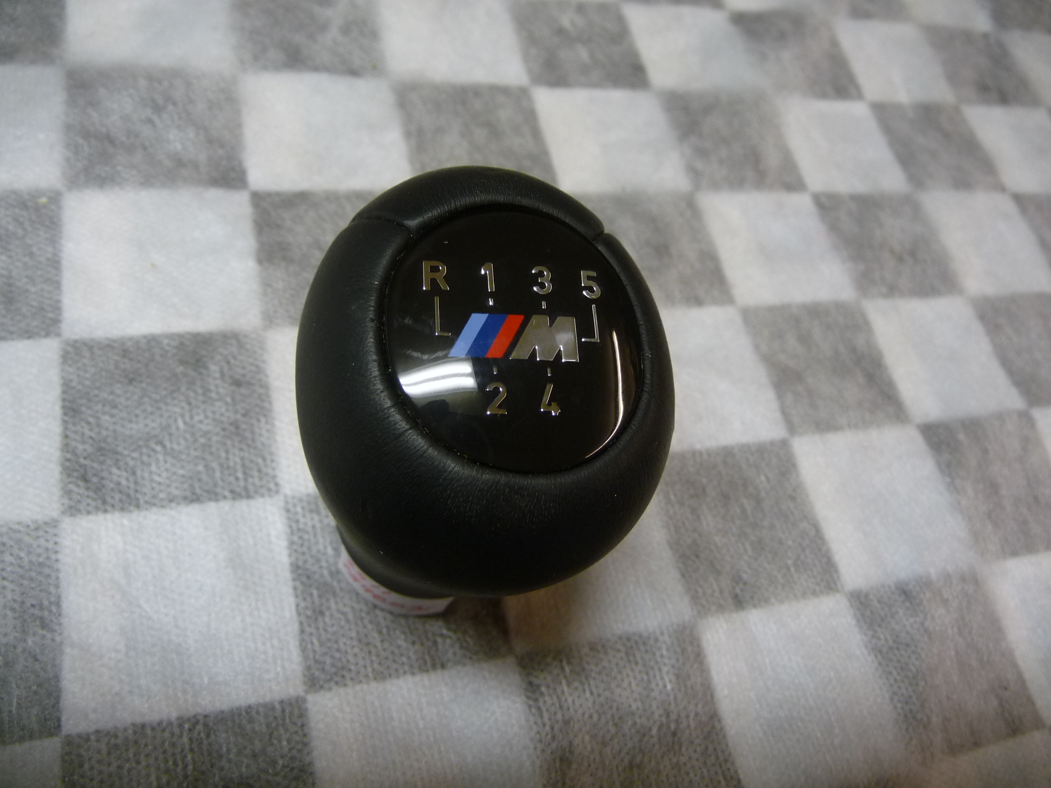 BMW 3 Series E46 5-speed Gear Shift Knob Leather 25117896031 OEM OE