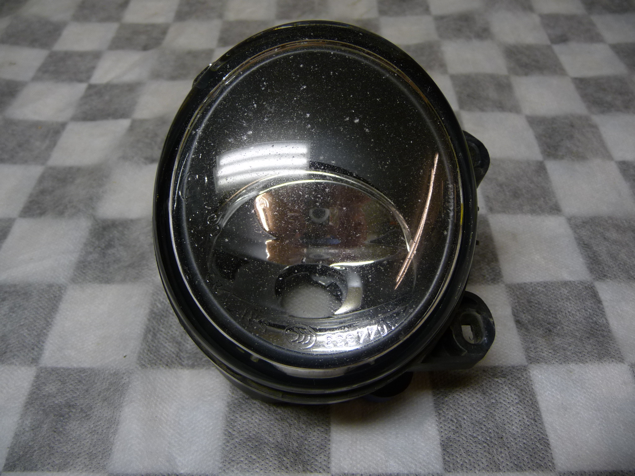 2008 2009 2010 2011 2012 2013 2014 2015 BMW 2 3 Series F22 E92 E93 Front Right Passenger Side Fog Light 63177839866 OEM