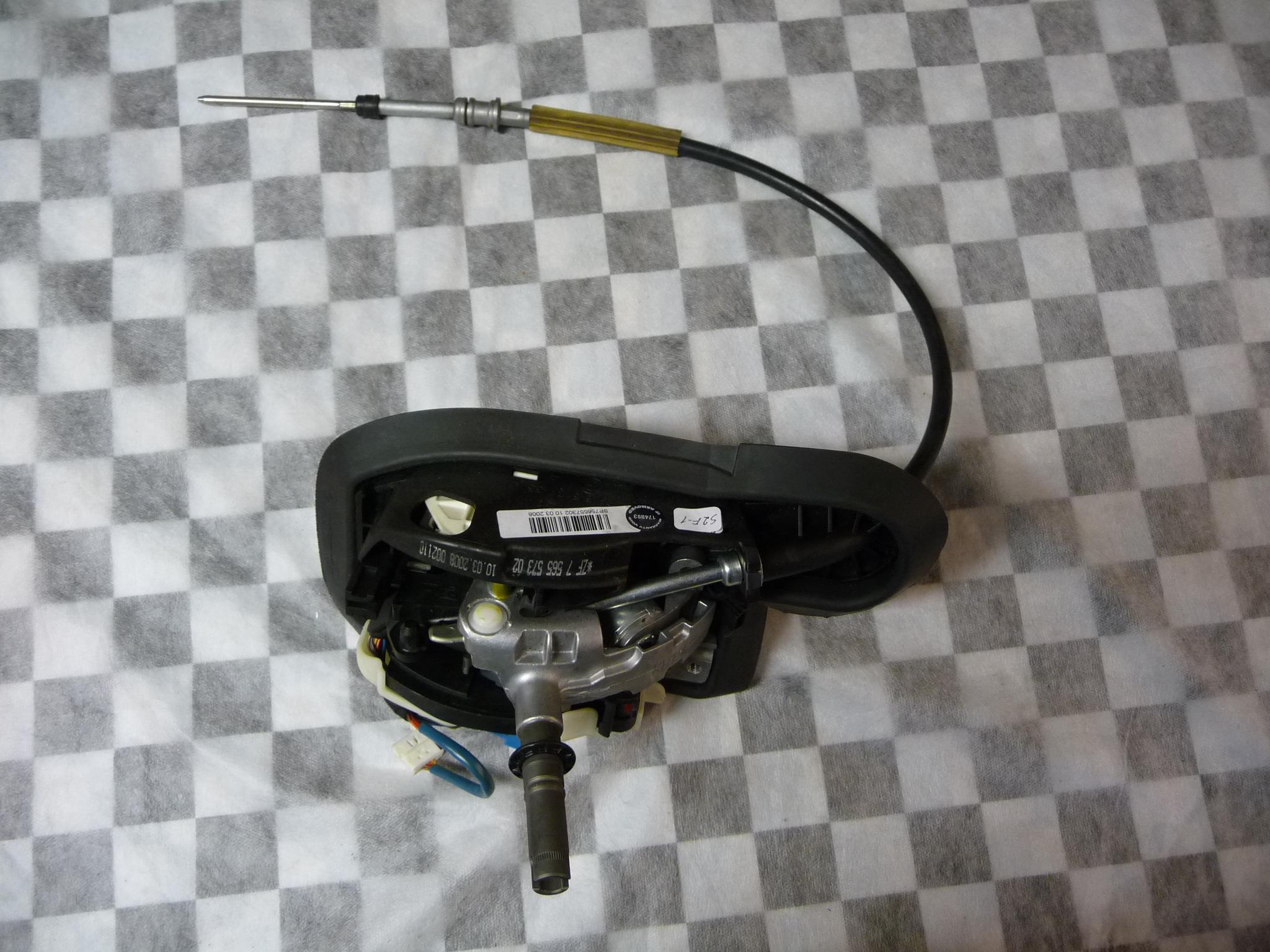 2008 2009 2010 2011 2012 2013 BMW E82 E88 128i Gearshift Assembly, Steptronic 25167565573 OEM OE