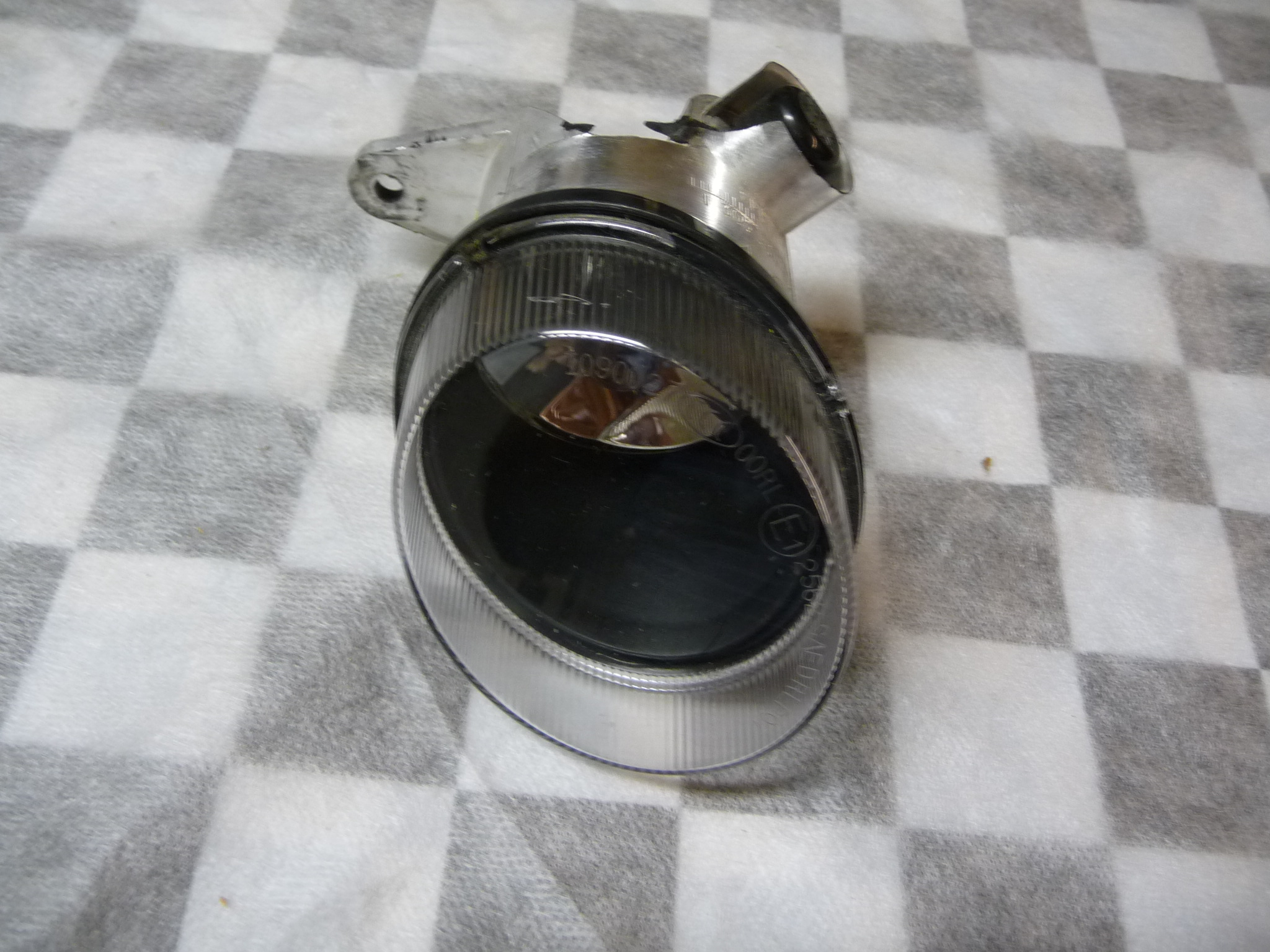 Mercedes Benz W212 E C R Class Front Right Fog Light Lamp A2128200456 OEM OE