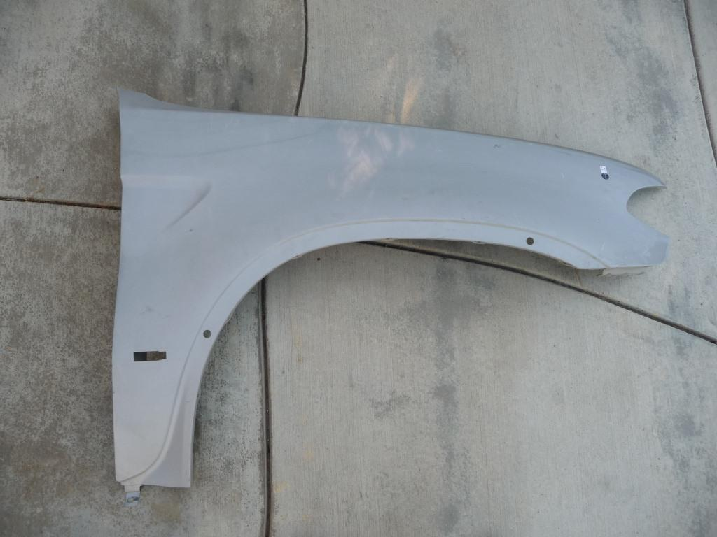 BMW X5 E53 Right Passenger Fender Panel Wing Cover 41357121008 OEM OE
