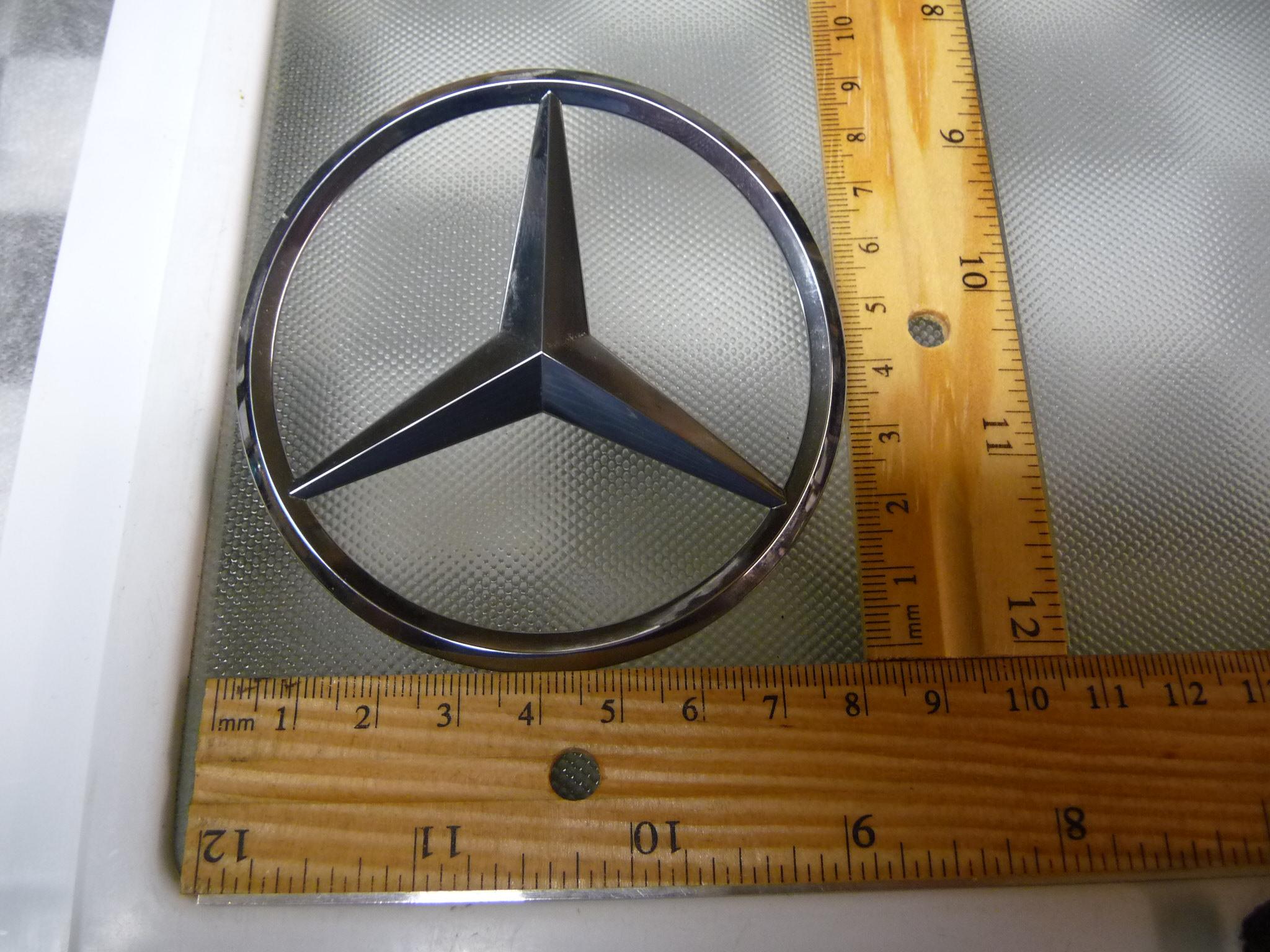 Mercedes Benz W205 C Class Trunk Lid Emblem Badge Nameplate New A2058174500 OEM