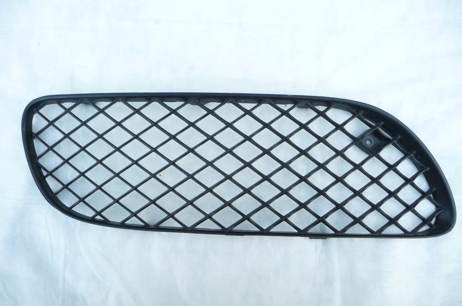 BENTLEY GT GT Lower Bumper Grill Grille Front Right Passenger 3W8807682A OEM OE