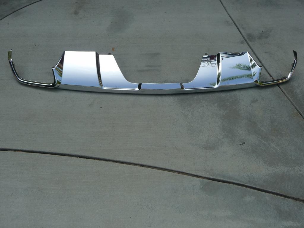 Mercedes Benz X166 GL Class Rear Bumper Lower Cover Chrome A1668858325 OEM A1