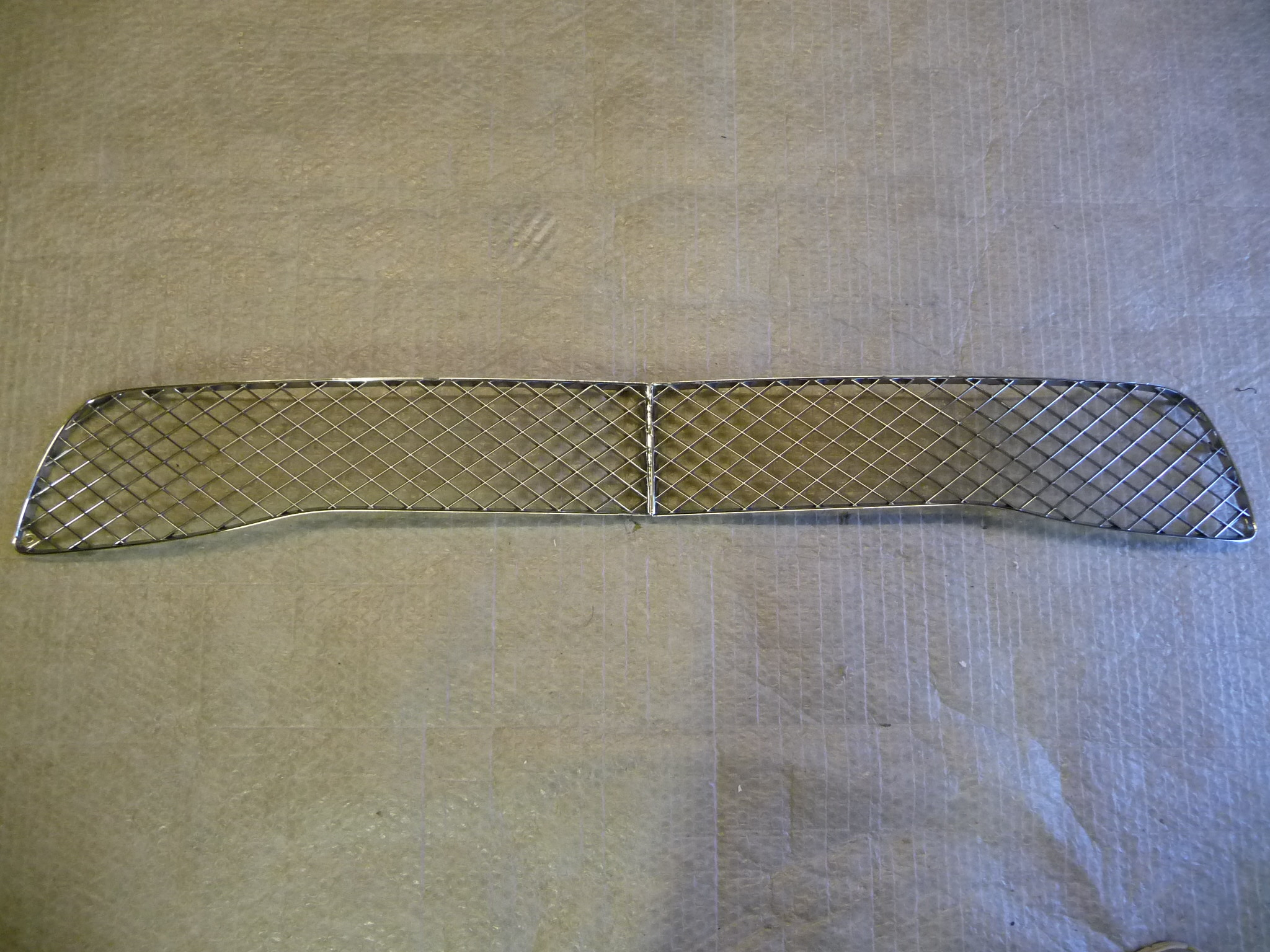Bentley Continental Flying Spur Front Bumper Lower Central Grille 3W5807667E OEM