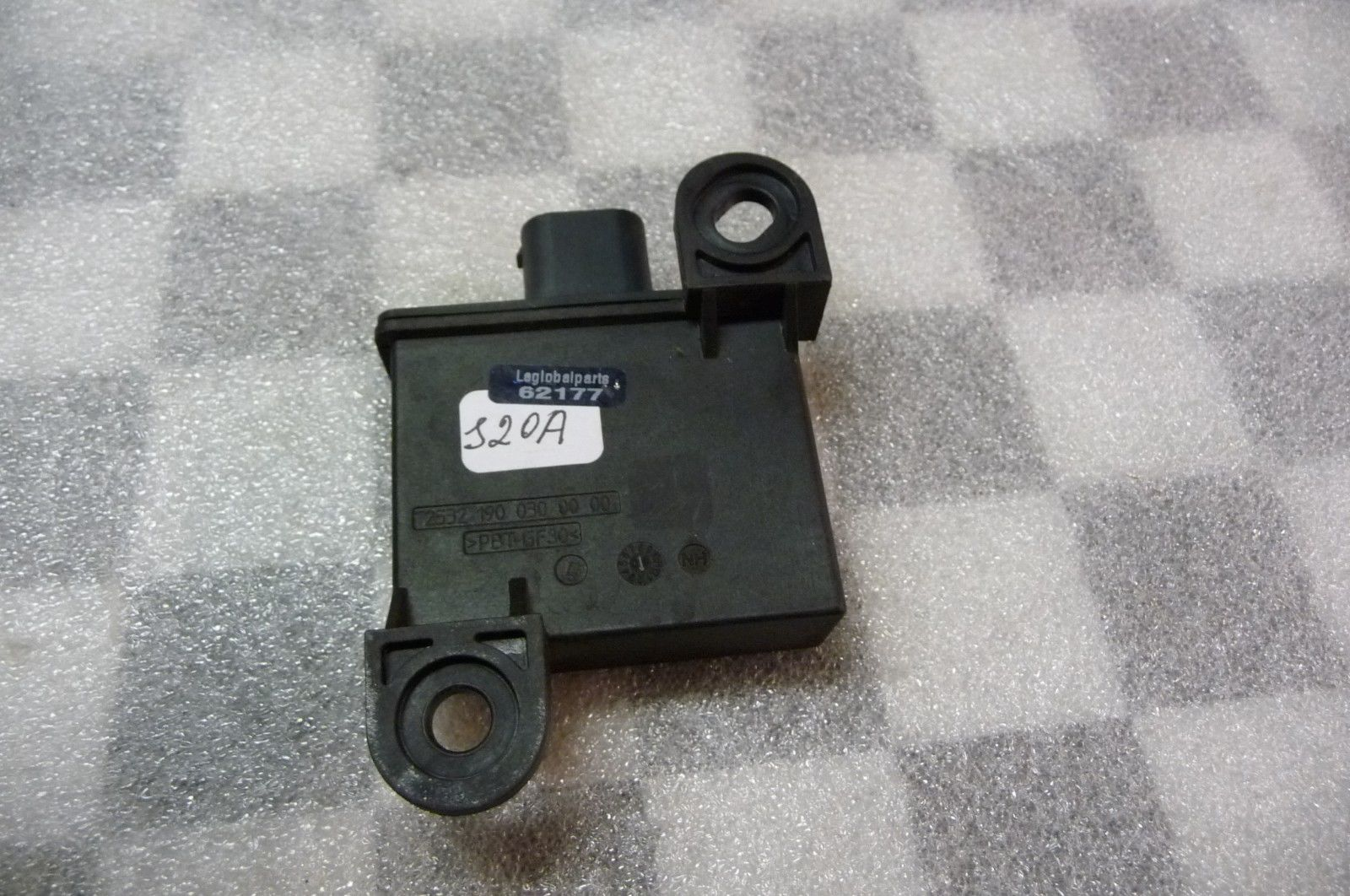 BMW 1 3 5 6 7 B7 X5 X6 Z4 Tire Pressure Control Trigger Transmitter 36236781846