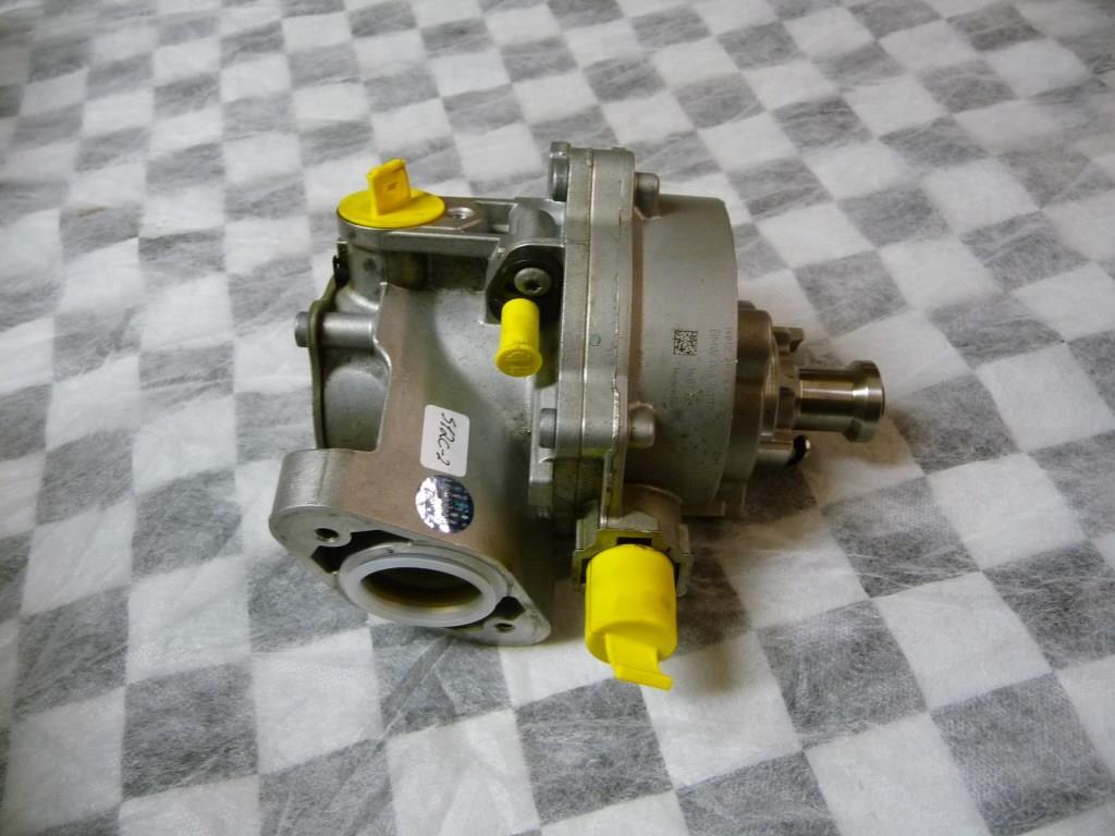 BMW 1 3 4 5 6 7 Series X1 X3 X5 X6 Vacuum Pump 11667611115 OEM A1