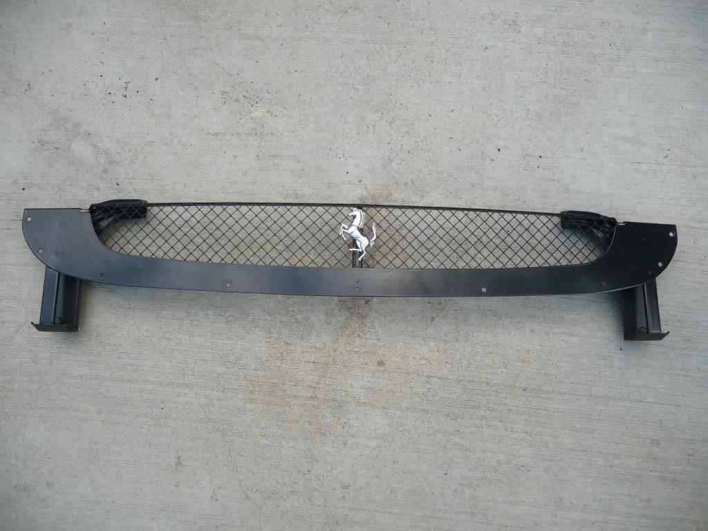 2005 2006 2007 2008 2009 Ferrari F430 430 Rear Bumper upper grille with Horse 68099000; 60032109 OEM OE