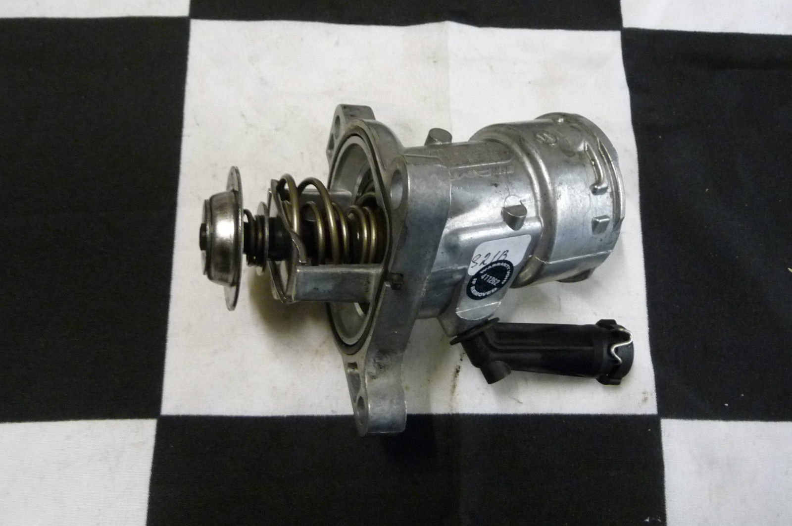 Mercedes Benz 63AMG Water Pump Coolant Thermostat Element 1562030475 OEM OE