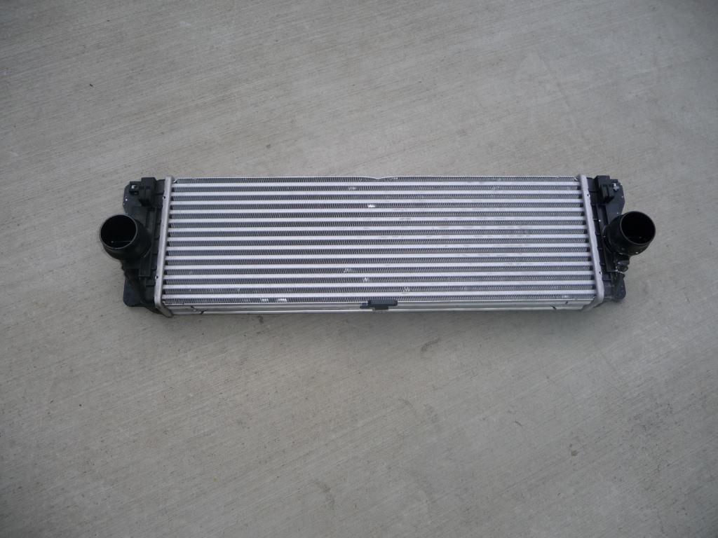 Mercedes Benz Sprinter Volkswagen Intercooler A 9065010201 OEM OE