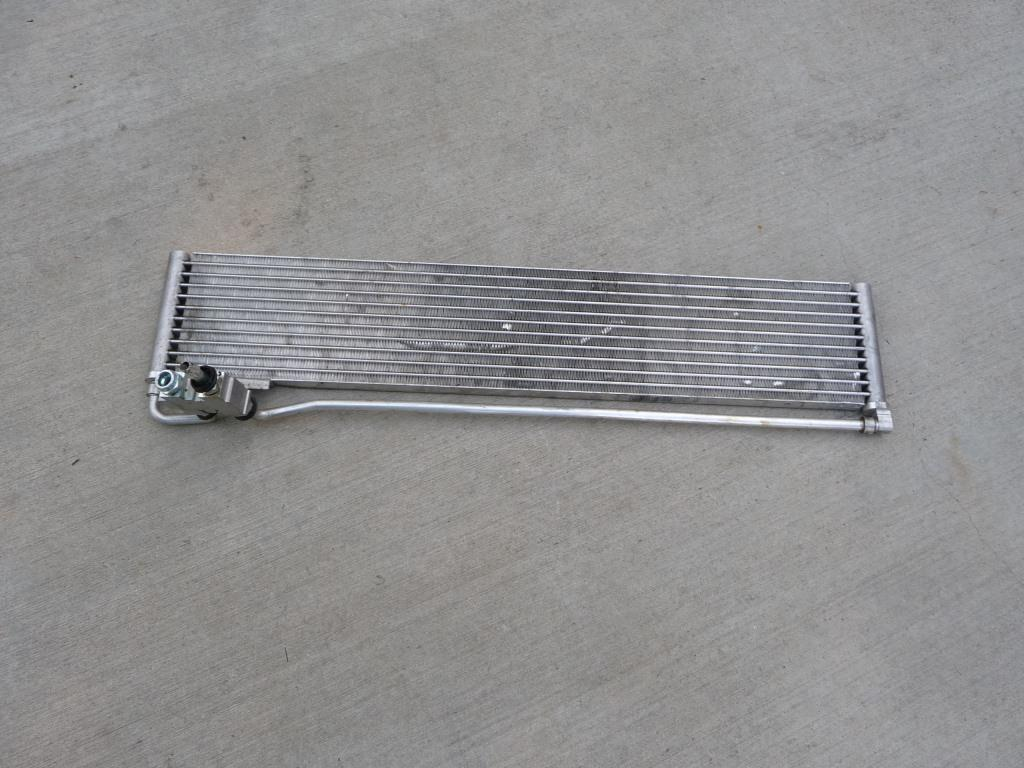 Mercedes Benz E Class Auto Trans Oil Cooler A0995000400 OEM A1