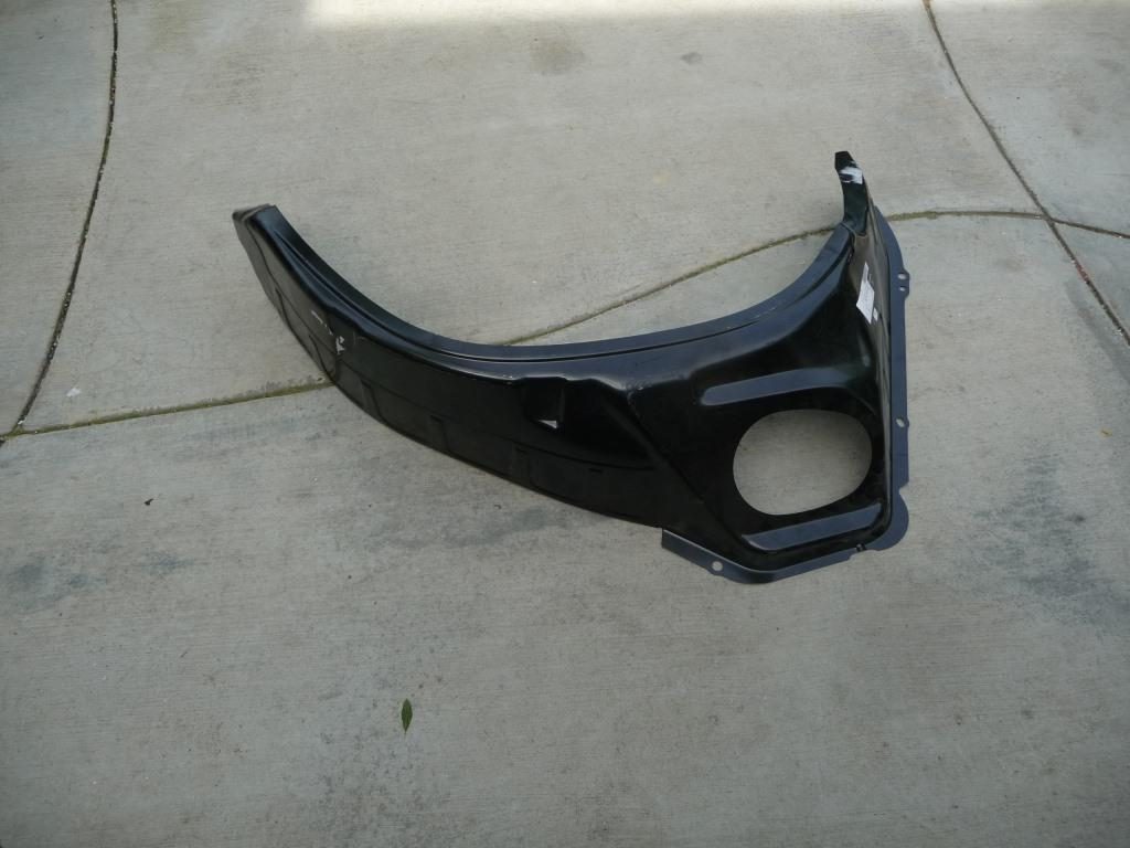 Mercedes Benz GL Rear Right Outer Wheel Housing Side Panel A1666371476 OEM A1