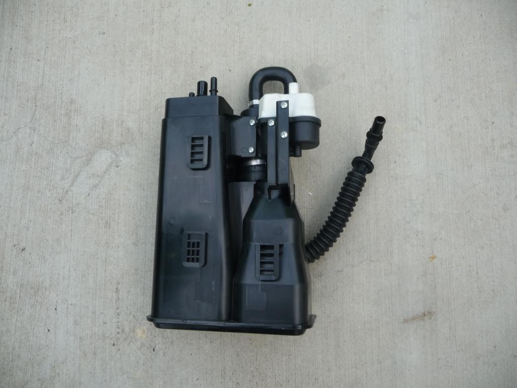 Ferrari 458 Italia Fuel Vapor Filter 260616 OEM A1