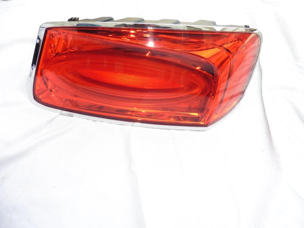 2013 2014 2015 2016 Bentley Continental Flying Spur Rear Right Passenger Taillight 4W0845096J OEM OE