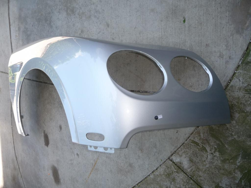 Bentley Continental Flying Spur 4 Door Sedan Right RH Fender Wing 4W0821022F   - Used Auto Parts Store | LA Global Parts