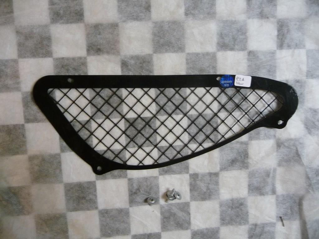2005 2006 2007 2008 Ferrari 430 Right Passenger Side RH Lower Air Intake Grille 68021500 OEM A1