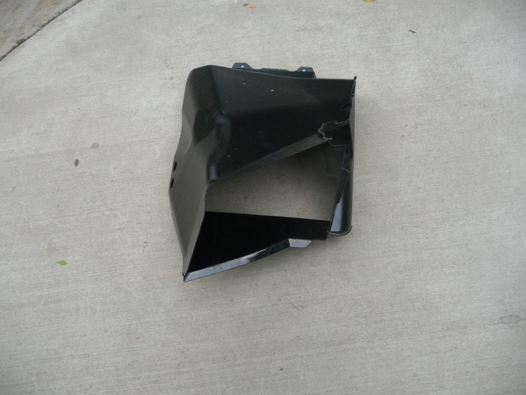 2004 2005 2006 2007 2008 Lamborghini Gallardo Left Driver Side Air Conveyor Duct 400807157A OEM A1