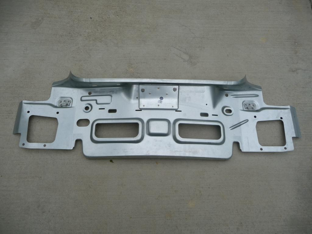 2015 2016 Bentley Flying Spur Rear End Quarter Panel Frame Cover 4W0813325 OEM OE
