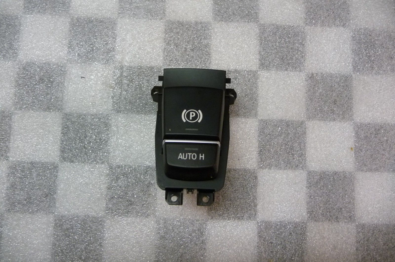 BMW 5 7 Series X5 X6 Auto-Hold Parking Brake Switch 61319350898 OEM OE