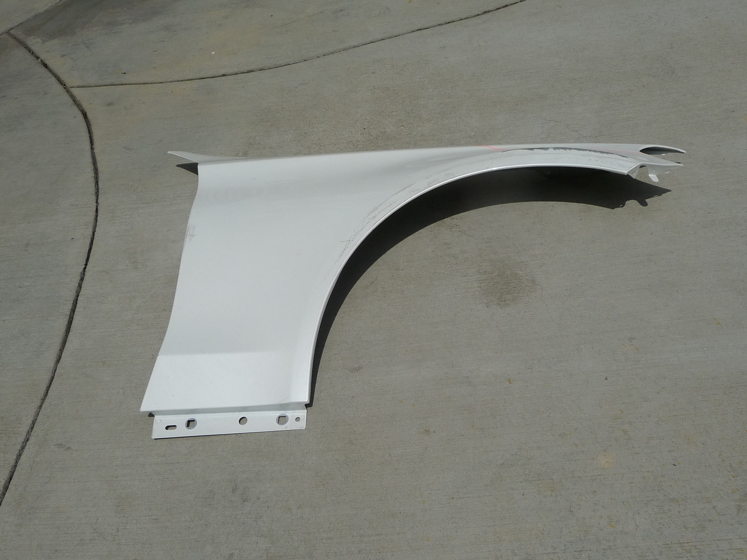 Mercedes Benz W205 C Class Front Right Fender Wing Cover Panel 2058800218 OEM OE