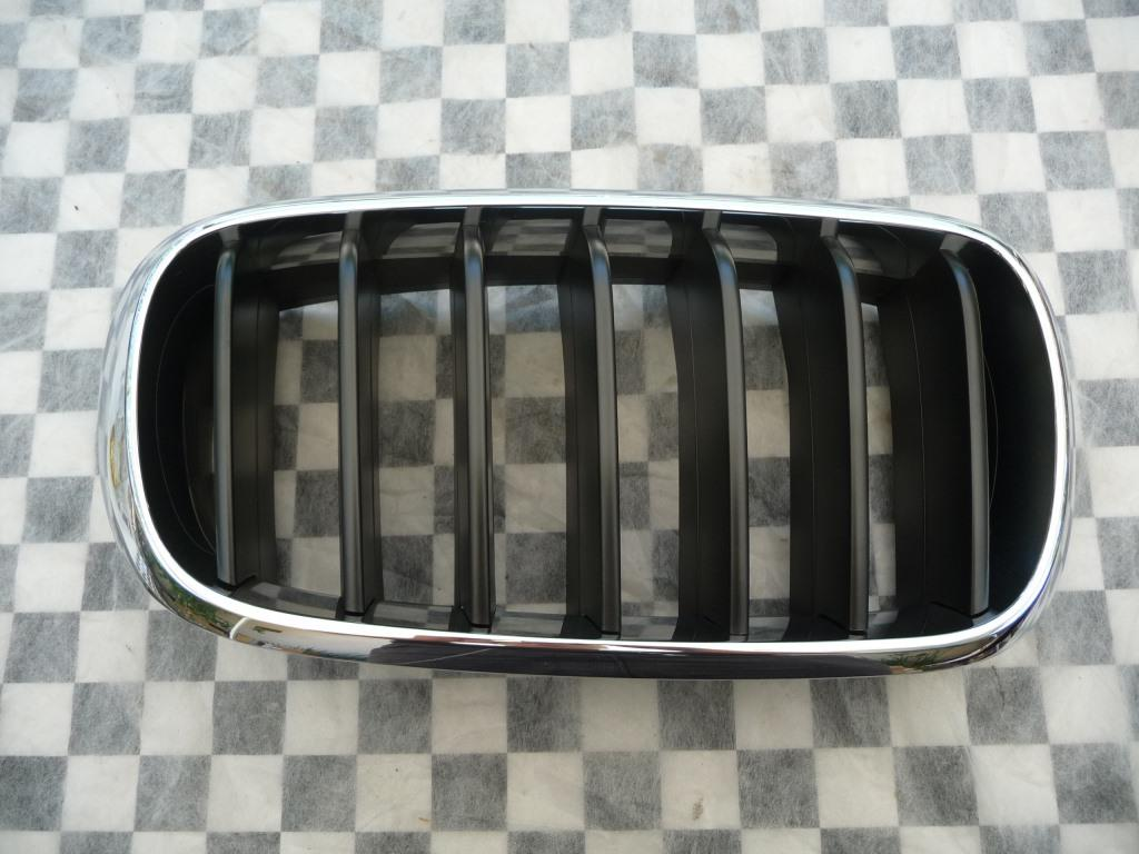 2014 2015 2016 2017 2018 BMW F15 F16 X5 X6 Front Right Passenger Side Kidney Grill Grille 51712334710 OEM A1