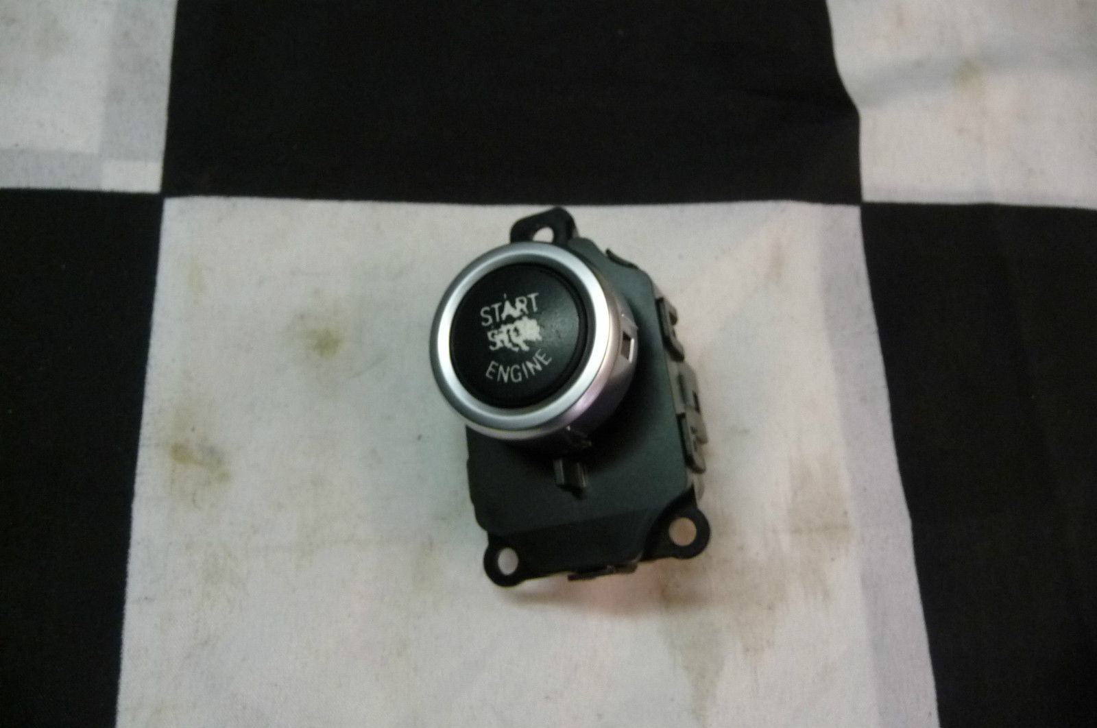 BMW 5 6 7 Series Start Stop Switch (scratched) 61319263436 OEM