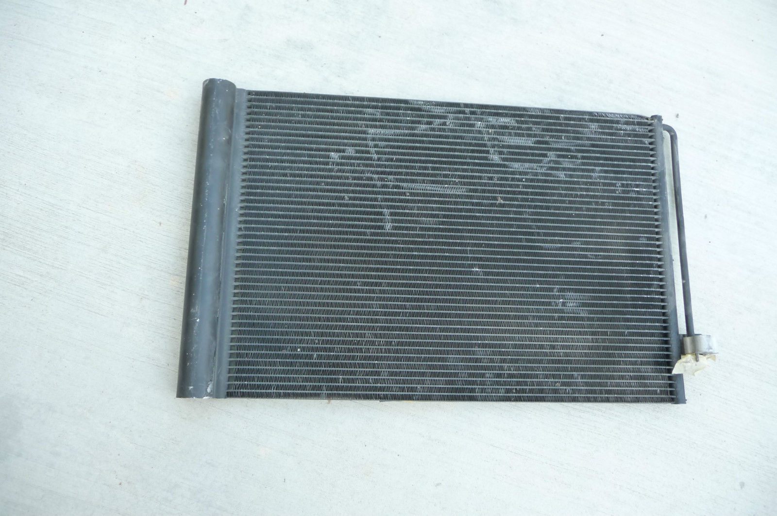 BMW 5 6 7 Series A/C Condenser with Air Conditioning Drier 64509122825 OEM OE