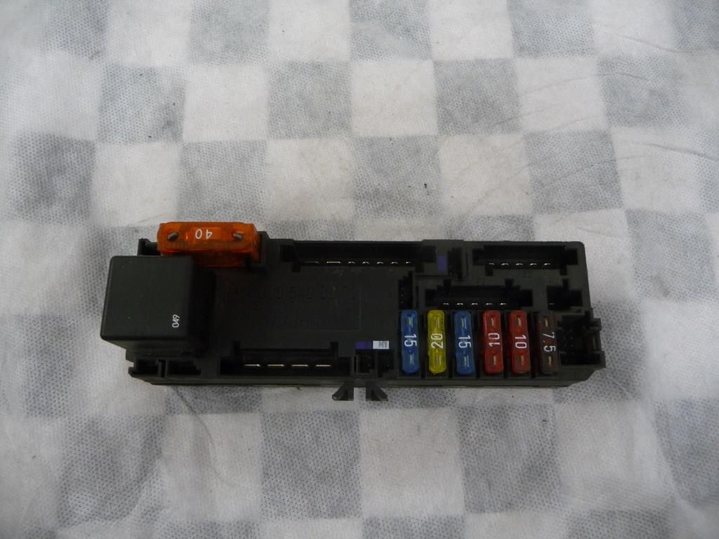 1998 1999 2000 2001 2002 2003 Mercedes Benz CLK320 CLK430 Fuse Relay Box A0005400072 OEM A1